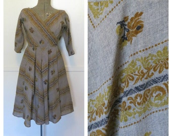 Vintage 50s Anne Fogarty Dress Long Sleeved V-Neck Grey Mexican Style Print Womens Size Small Medium