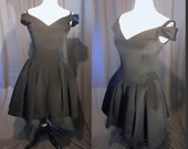 Vintage 1980s Victor Costa for Saks Fifth Avenue Black Cocktail Dress / 80s Evening Prom Dress / boned bodice and tulle underskirt Size 6