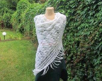 Wool Scarf / Wool Shawl / Triangular Scarf / Triangular Shawl / Hand Knitted / White Scarf / White Shawl / Knit Scarf / Knitted Scarf