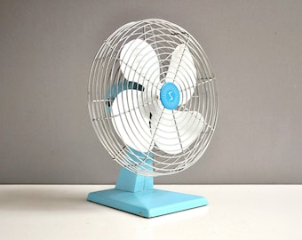 Mid-Century Turquoise Electric Fan - Superior Electric Products