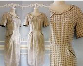 10% off XL Vintage 1940s Feed Sack Dress --> 1940s Rayon Dress  --> 1940s Day Dress --> 40s Dress --> Large 40s Dress --> Vintage 1940 Cream