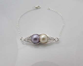 Pea Pod Bracelet, Lilac Cream Pea Pod, Bridesmaid Gift, Girl Gift, UK Seller, Bridesmaid Gift, Sister Bracelet, Twin Pea Pod Bracelet, BFF