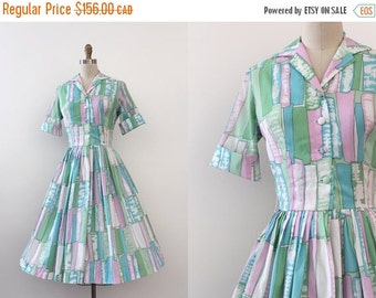 SUMMER SALE vintage 1950s dress // 50s Mid Century print shirtwaist dress
