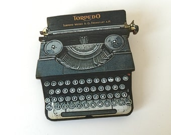 Black Torpedo Typewriter Brooch Vintage Bookworm Writer Author Birthday Wooden Pin Gift for Stocking Filler Stuffer University Jewellery