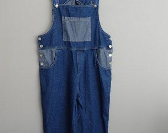 vintage 90s denim bib overalls / Denim capris  / Women's size Large