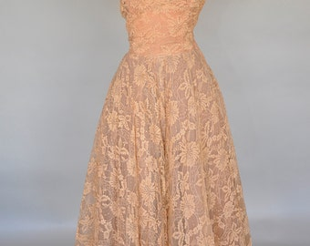 Love Me Lace Dress   vintage 50s brownish peach lace gown   sleeveless full skirt party dress XS/S