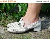 SALE Vintage 70's white suede Loafers US9