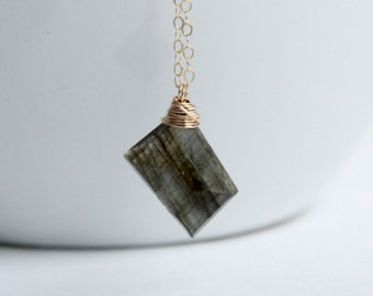 Labradorite Stone Necklace,  Gemstone Jewelry, Briolette Necklace, gift for her