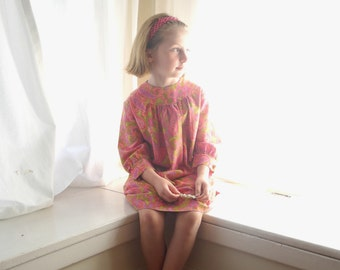 Vintage Girls Clothes, 1960's Bright Pink and Green Paisley Long Sleeve Girl's Dress, Pink Paisley Girls Dress, Vintage Girls Dress, Size 6