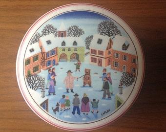 Villeroy and Boch - Laplau - Lidded Trinket Dish - Naif Christmas