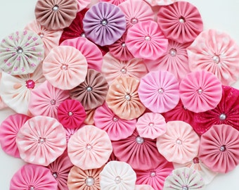 Fabric Yo yos in PINK palette Fabric Yoyos / Pink yoyos / Fabric Flowers / headband supplies / mix yoyo embellishments by WhiteLilyFlowers