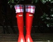 SLUGS Fleece Rain Boot Liners Black with Red & White Plaid, Tall Boot Socks, Boot Cuff, Warm Sock, Rainy Day Fashion (Sm/Med 6-8)