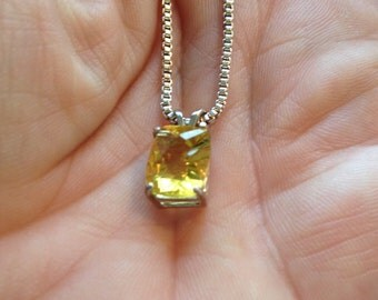 3.25ct Citrine Pendant
