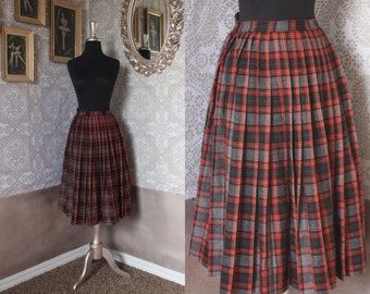 Vintage 1940's 50's Red and Gray Plaid Wool Pleated Skirt XS
