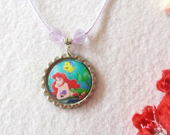 10 Mermaid Necklaces Party Favors.