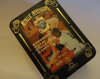 "Vintage ""Willie Mays"" Metal Collector Cards 1995 - 5 cards in metal Tin, ""Cooperstown Collection Special Edition"" in original plastic sleves"