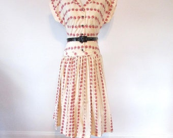l SALE l Vintage 1950's Cotton Floral Day Dress Size Medium