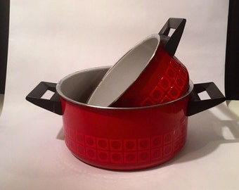 Vintage German Silit Red Enamelware Geometric Pattern Pair of Mid Century Pots