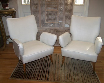 mid-century modern pair of chairs, funky vintage pair of wing chairs,parlor chairs,boho chic chairs,vintage arm chairs