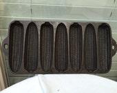 Krusty Korn Kobs pan by Wagner Ware cornbread sticks Junior 1920 cast iron sculptural antique bakeware kitchen