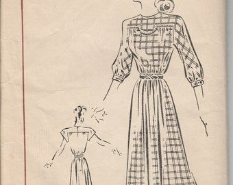 1940's Sewing Pattern Fairloom Sears No. 6664 sack dress size 13