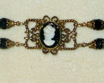 Vintage Victorian Cameo Bracelet