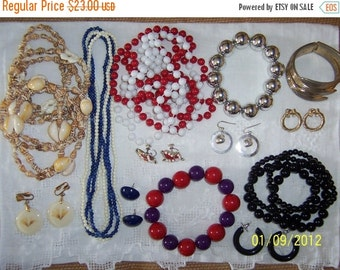 20% OFF, EVERYTHING. Vintage Jewelry (Lot 22). Medium Size.