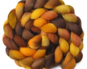 Hand Dyed roving - Cheviot wool spinning fiber - Folksy Afternoon - 5.1 ounces