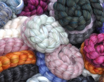 Destash - Mixed Wool Roving Grab Bag for Spinning and Felting - 9 ounces
