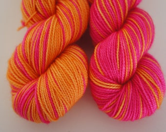 SPECIAL COLLABORATION, Finnish Winter...Twisted Sisters, Self Striping, 80/20 Superwash Fingering Sock Weight