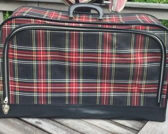 Vintage Luggage Black and Red Plaid Tartan  Measures: 24 x 15 x 8  Very Clean