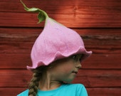 Pink bell flower hat - Felted hat for girl - Newborn Photography Prop - Kids Carnival hat - Costume party - Pixie hat - Photo prop