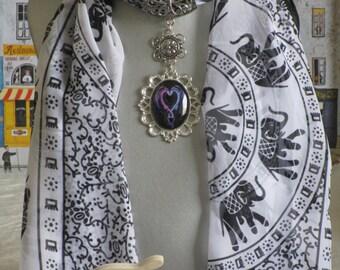 """Bijou pour foulard en métal argenté """"Deux dragons entrelacés"""""""