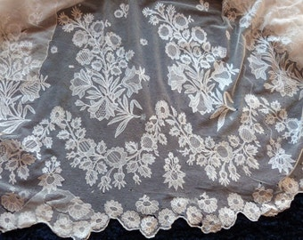 Antique Victorian French lace skirt edging 1900s hand embroidered white floral embroidery lace victorian lolita wedding dress sewing supply