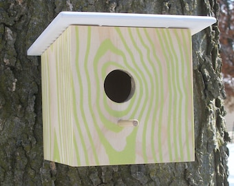 Modern Faux Wood Grain Birdhouse - Nest Box - Green Natural