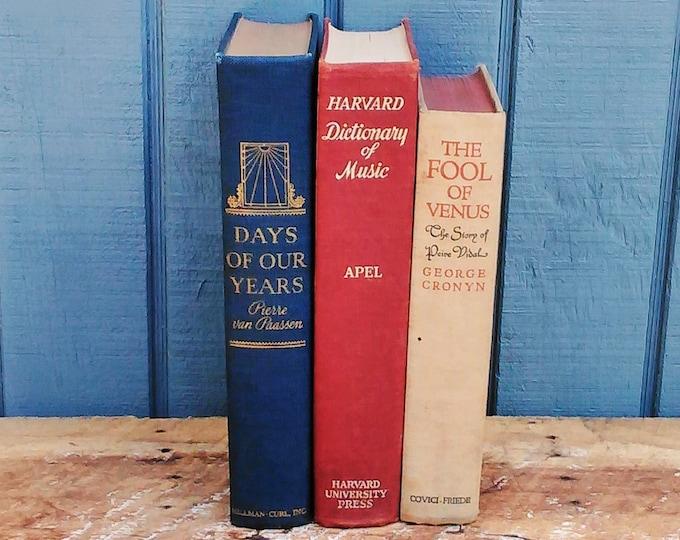 Vintage Classic Books - Harvard Books - Music Books