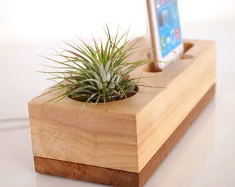 iPhone dock plus plant holder - modern minimalistic design - unique present - air plant pot - iPhone 7 / 7 plus compatible