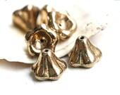 ON SALE Puffy Flower beads - Golden luster - czech glass beads, gold Bell flower, 11x13mm, large - 6Pc - 1476