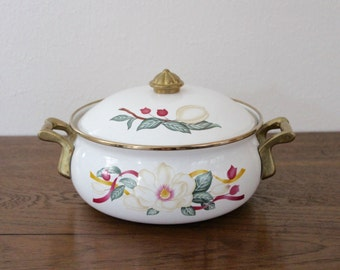 Vintage White Enamel Stock Pot Dutch Oven with Lid Floral Double Brass Handles