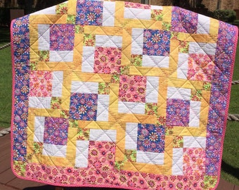 "It's A Bright and Girlie Floral Menagerie In This 37.25"" X 37.5"" Quilt"