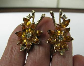 Kramer of NY yellow rhinestone clip on earrings