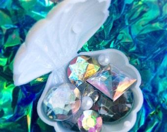 Mermaid Treasure Trove Clamshell  •  Filled With Assorted Rhinestones & Pearls