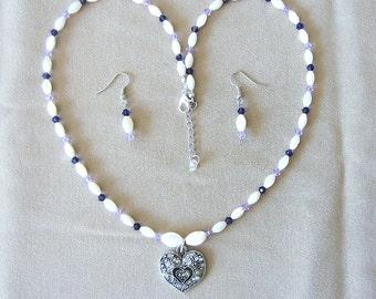 Hawaiian Shell Jewelry, Vintage Re-Purposed Hawaiian Mother of Pearl & Purple Crystals Jewelry Set, Handmade Beaded Jewelry, Ankle Bracelet