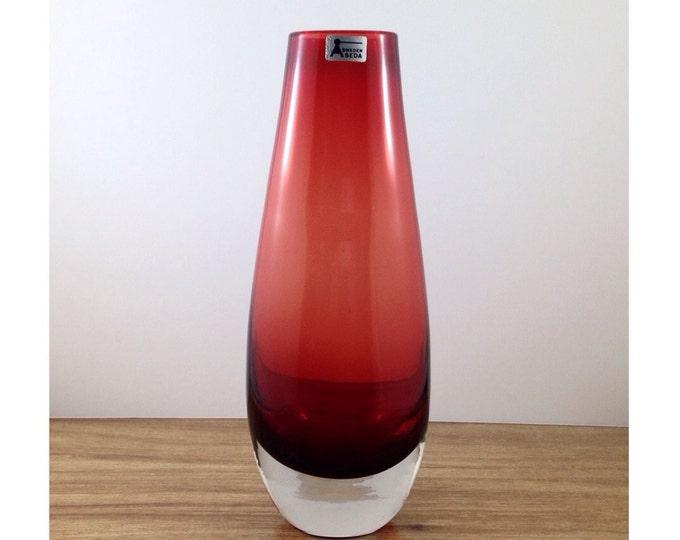 Vintage Seda Sweden Signed Swedish Red Glass Vase. Scandanavian Sommerso Vase. Smooth Tall Blood Red Seda Vase. Mid Century Mod Cherry Red.