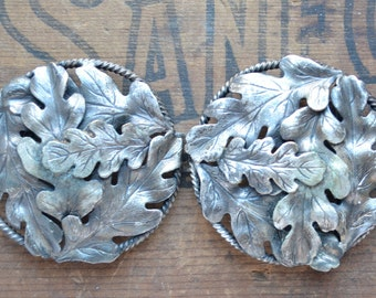 Terrific vintage two piece oak leaf buckle, rustic girl, nature lover, leaf belt