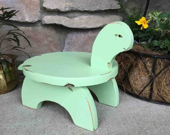 Vintage Turtle Plant Stand / Tot Stool in Green