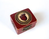 Anatomical Heart Engagement Ring Box in Dark Red - Ring Bearer Box - Goth Wedding