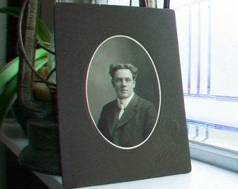 Edwardian Man Large Cabinet Card Photograph Antique 1800s Photo