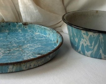 Vintage Light Blue Swirl Graniteware pie pan and bowl enamelware lot
