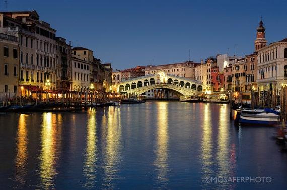 Travel Photography, Venice, Rialto, Wall Art, Wall Decor, Home Decor, Wall art, Fine Art Print, Gift for him, Christmas gift idea, Art Print